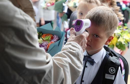 В России на карантин отправили учеников 62 школ