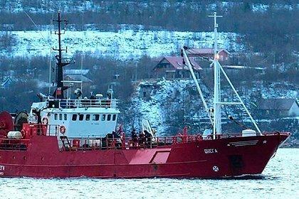 МЧС не подтвердило обнаружение первого погибшего в Баренцевом море рыбака