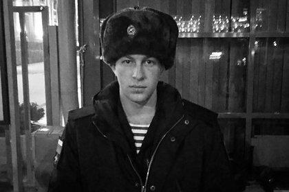 Российский срочник погиб при первом в жизни прыжке с парашютом
