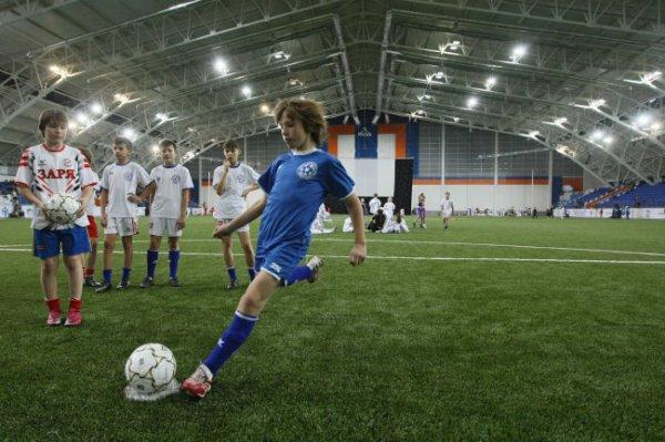 В российских школах введут уроки футбола