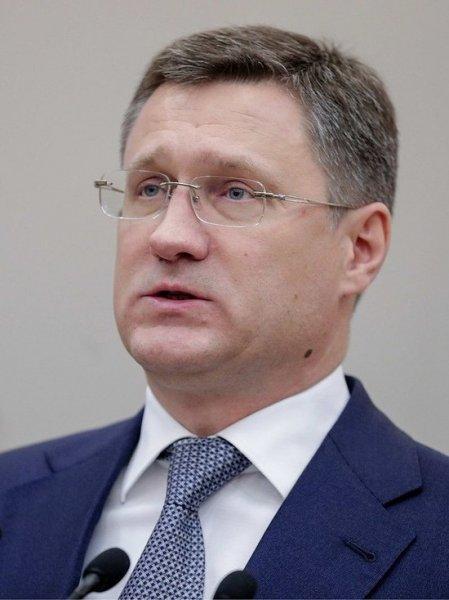 Нефтепродукты будут доставляться в Белоруссию через Россию, предположил Новак