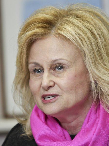 Дарья Донцова прокомментировала сообщение о своем критическом состоянии