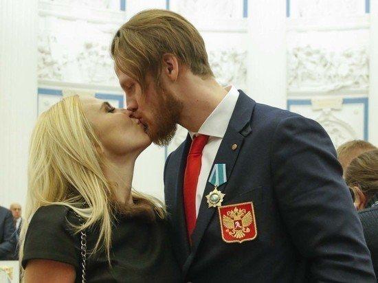 Пелагея порадовала фанатов фото с Телегиным