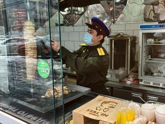 «Хунвейбины» Захара Прилепина потребовали от иностранных агентов «покинуть нашу страну»