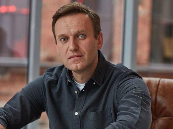 Самолет с Навальным приземлился в «Шереметьево»