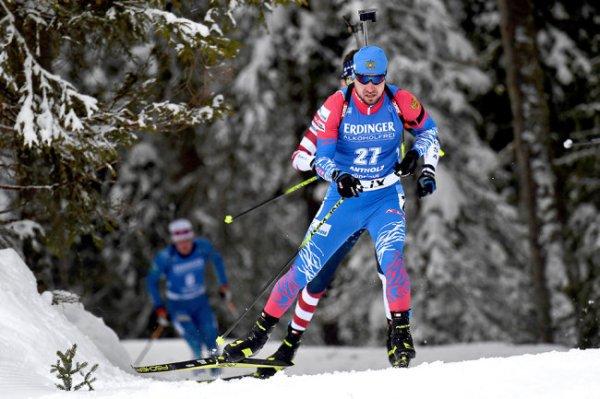 Логинов выиграл индивидуальную гонку на этапе Кубка мира в Италии