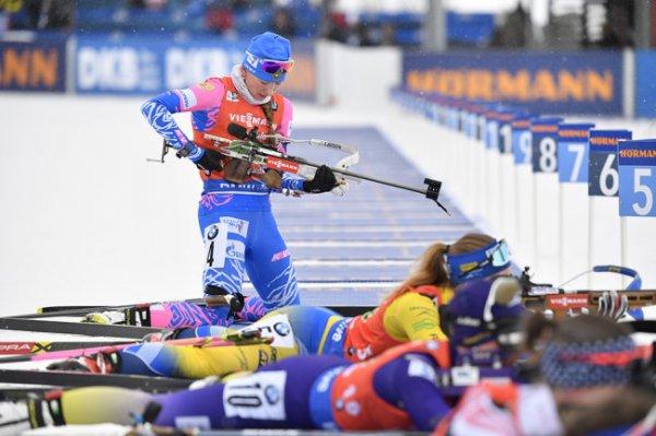 Российские биатлонистки выиграли эстафету на этапе КМ в Антхольце