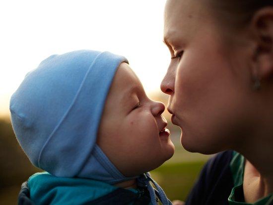 Стали известны максимальные размеры пособий по беременности и на детей