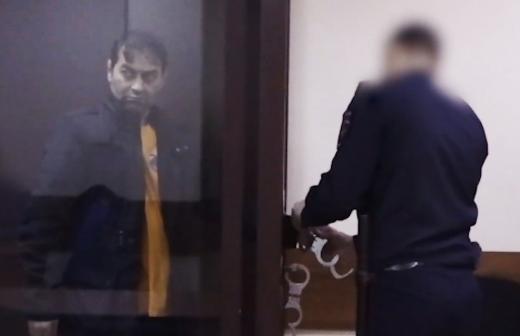 Момент нападения на полицейских в Грозном попал на видео