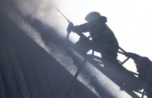 В МЧС заявили об улучшении пожарной безопасности в торговых центрах