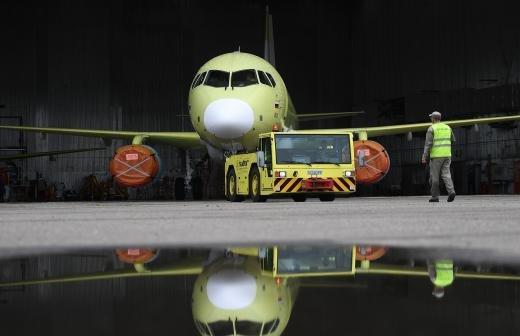 Прокуратура начала проверку после экстренной посадки самолета в Пулково
