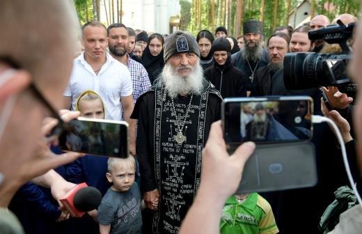 Митрополит Иларион заявил о возможном отлучении Кураева от Церкви