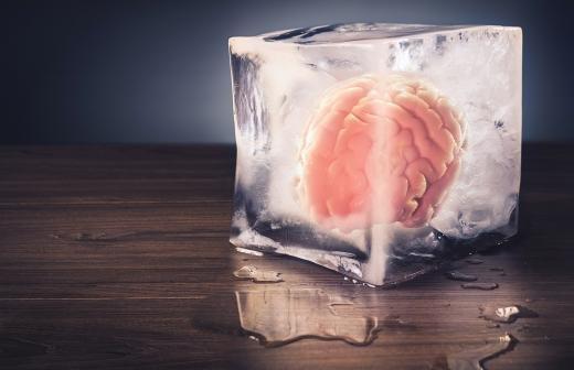 Житель Новосибирска рассказал о причине заморозки мозга умершего отца