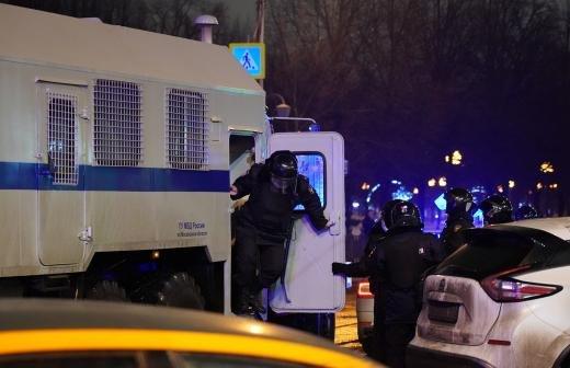Появилось видео задержания участника драки с полицией 23 января в Москве