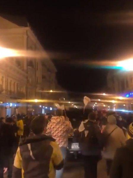 Акция протеста против ограничений из-за коронавируса проходит в Тбилиси