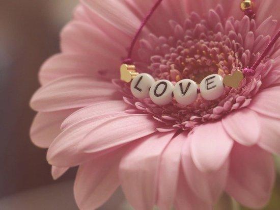 В День Святого Валентина появились новые моды на подарки