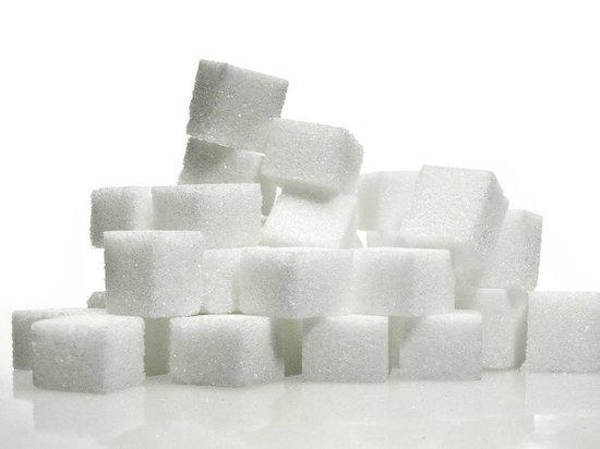 Россиянам предрекли несладкую жизнь: впереди — дефицит сахара