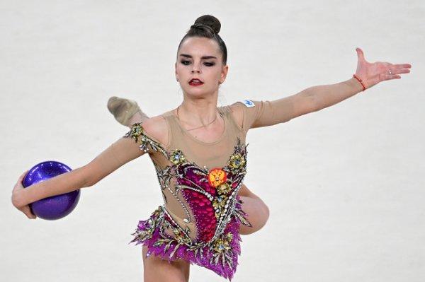 Гимнастка Дина Аверина выиграла Кубок чемпионок в Москве