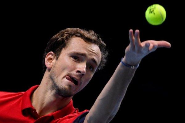 Стала известна сумма призовых Медведева за выступление на Australian Open