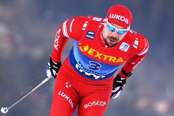 Лыжник Устюгов избежал тяжелых травм после падения накануне ЧМ
