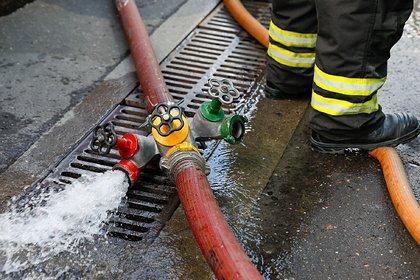 Трое пропавших при тушении мощного пожара спасателей погибли