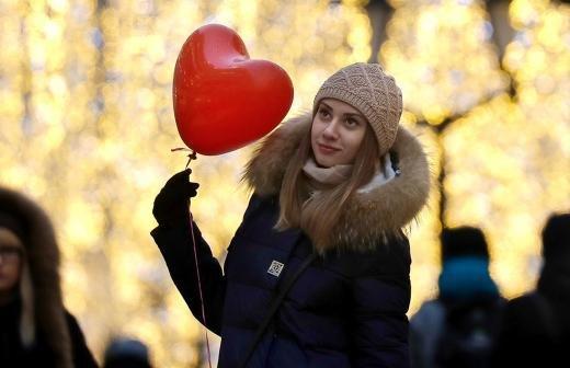 Врач рассказала о влиянии гормонов на ощущение несчастной любви
