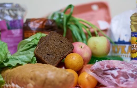 Эксперт перечислил вызовы при внедрении продовольственных сертификатов