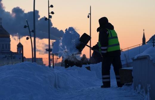В Москве из-за морозов подняли температуру в системе отопления