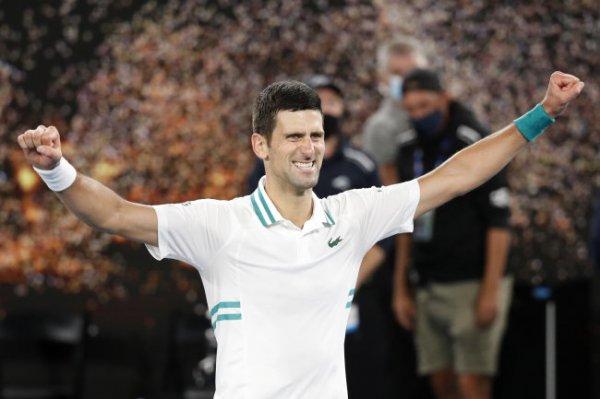 Джокович повторил рекорд Федерера по лидерству в рейтинге ATP