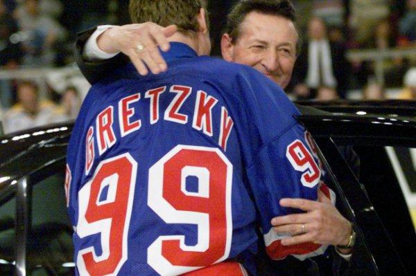 Умер отец самого результативного игрока в истории НХЛ Уэйна Гретцки