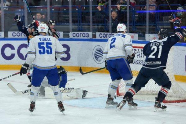 Стали известны все четвертьфинальные пары плей-офф КХЛ