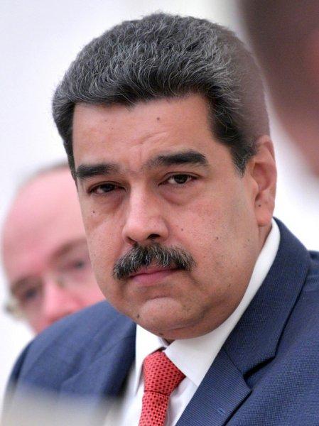 Facebook заблокировал аккаунт президента Венесуэлы