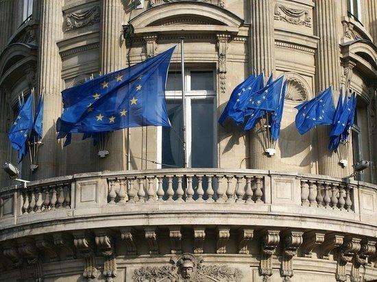 Французские СМИ признали, что российская вакцина расколола ЕС