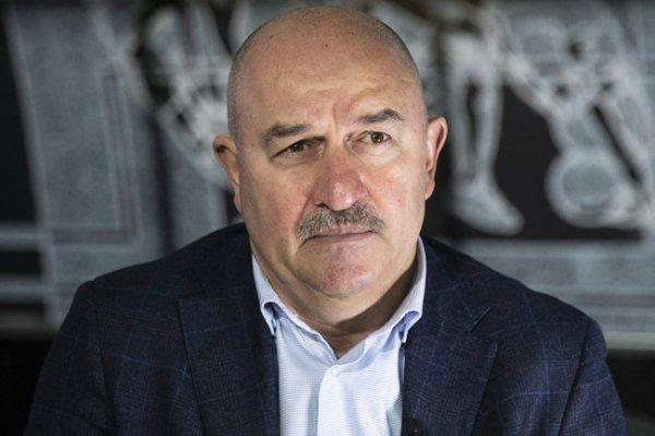 Черчесов назвал причины поражения от Словакии