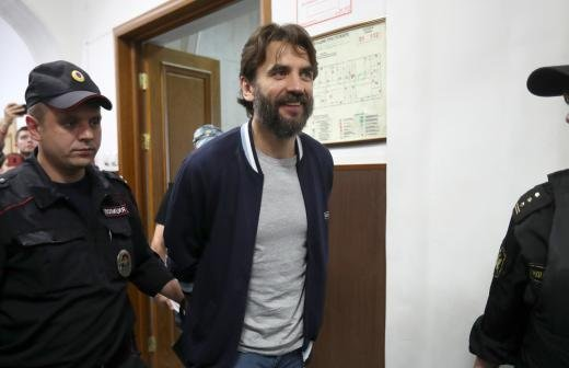 Мосгорсуд продлил срок ареста Абызова