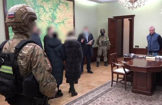 Опубликованы фото обысков по делу Белозерцева