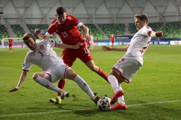 Мостовой назвал провалом вылет молодежной сборной России по футболу с Евро