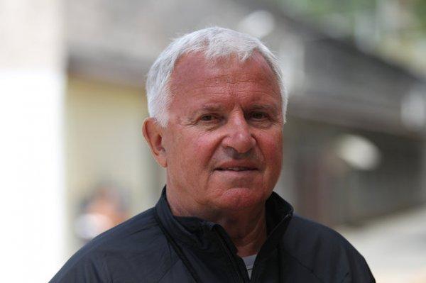 Умер заслуженный тренер России по легкой атлетике Евгений Загорулько