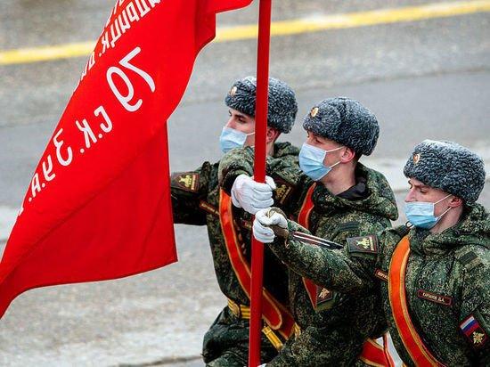 В Алабино прошла первая совместная тренировка парада Победы