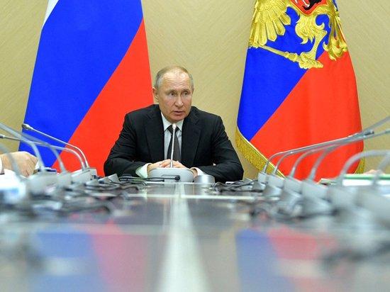Путин подписал закон о новых президентских сроках