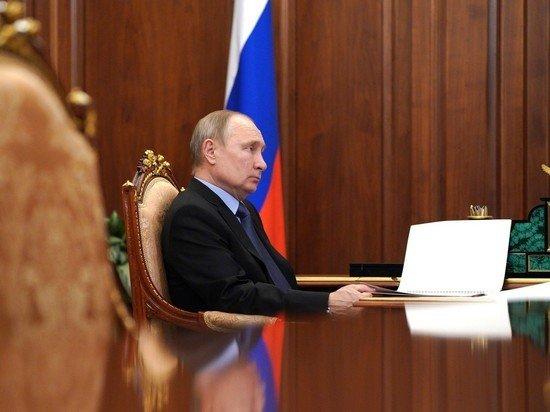 Источники: Путин выбирает из трех вариантов индексации пенсий работающим