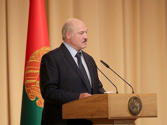 Лукашенко уличил Польшу в попытках героизировать военных преступников