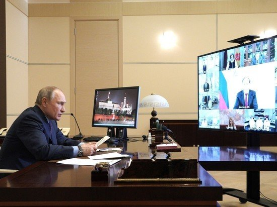 Песков признал использование Zoom Путиным и посожалел о поведении сервиса