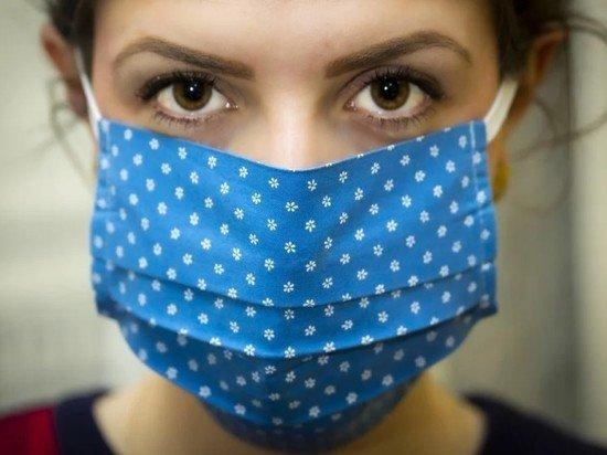 Роспотребнадзор озвучил условие отмены защитных масок в офисах