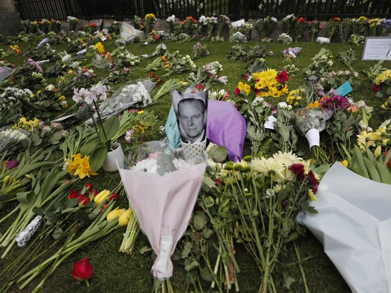 Смерть принца Филиппа породила надежды на примирение Гарри с семьей