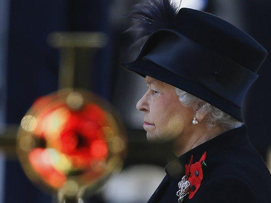 Елизавета II провела первую церемонию после смерти принца Филиппа