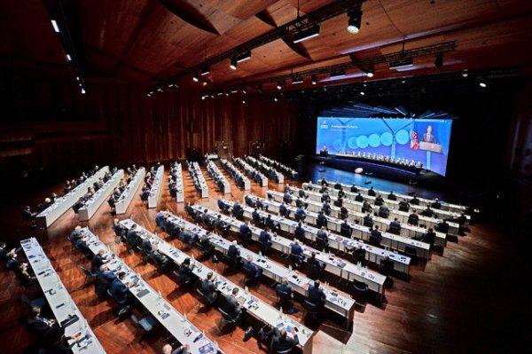 Все 55 ассоциаций УЕФА осудили создание Суперлиги