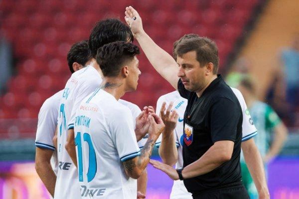 Отстраненный от работы футбольный арбитр Вилков пожаловался на травлю