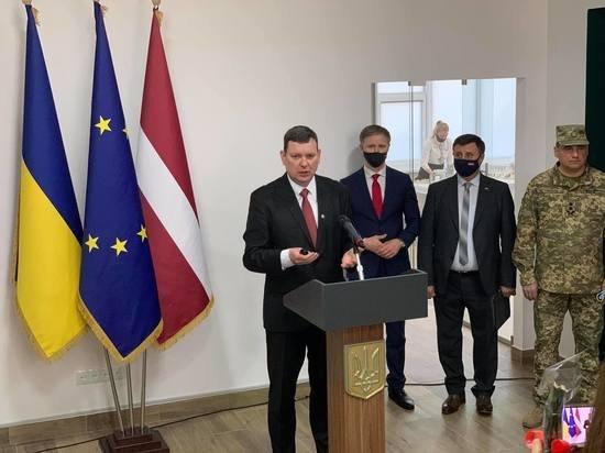 В Донбассе открыли консульство Латвии