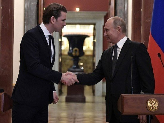 Путин обсудил с канцлером Австрии встречу с Байденом